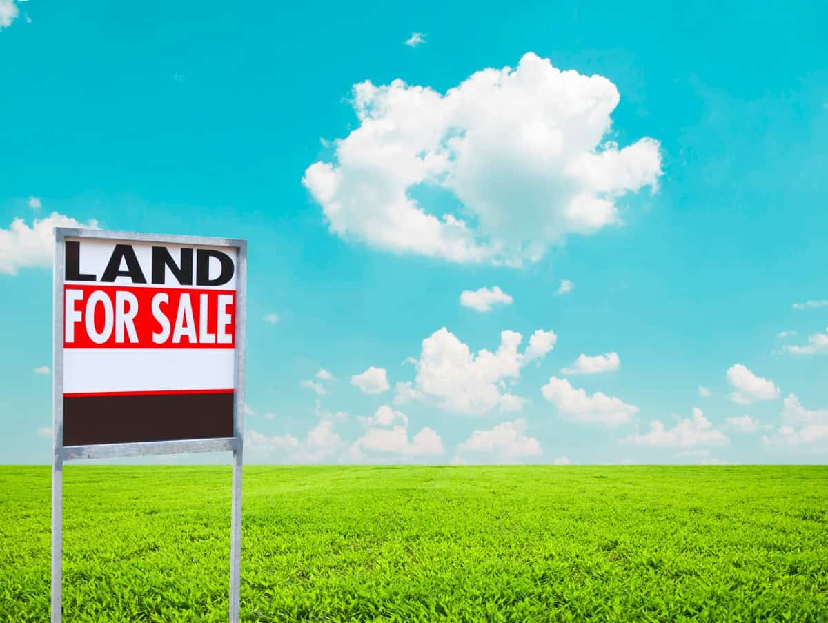 How to Buy Vacant Land to Build a Home