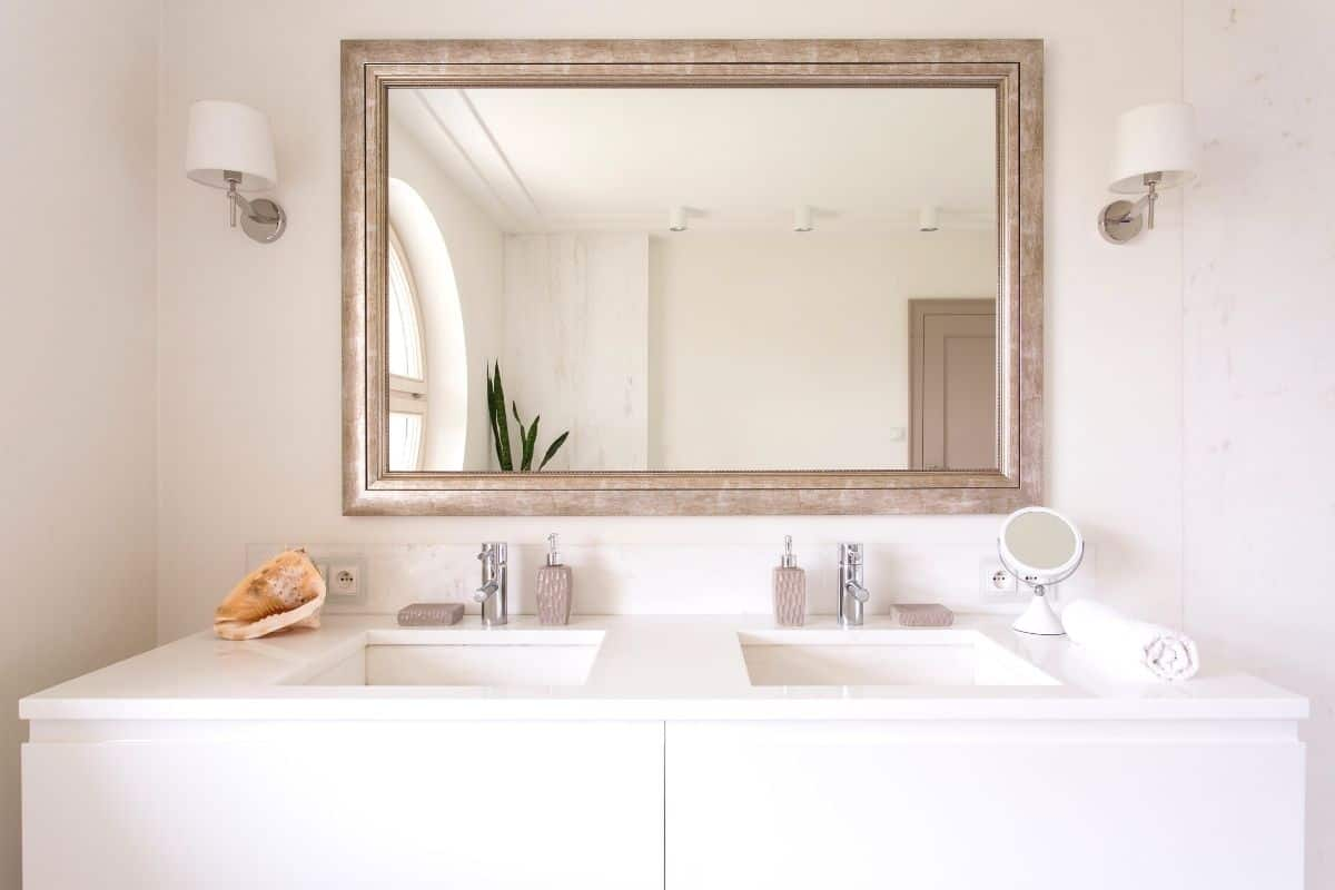 22 Vanity Mirrors for under $200!