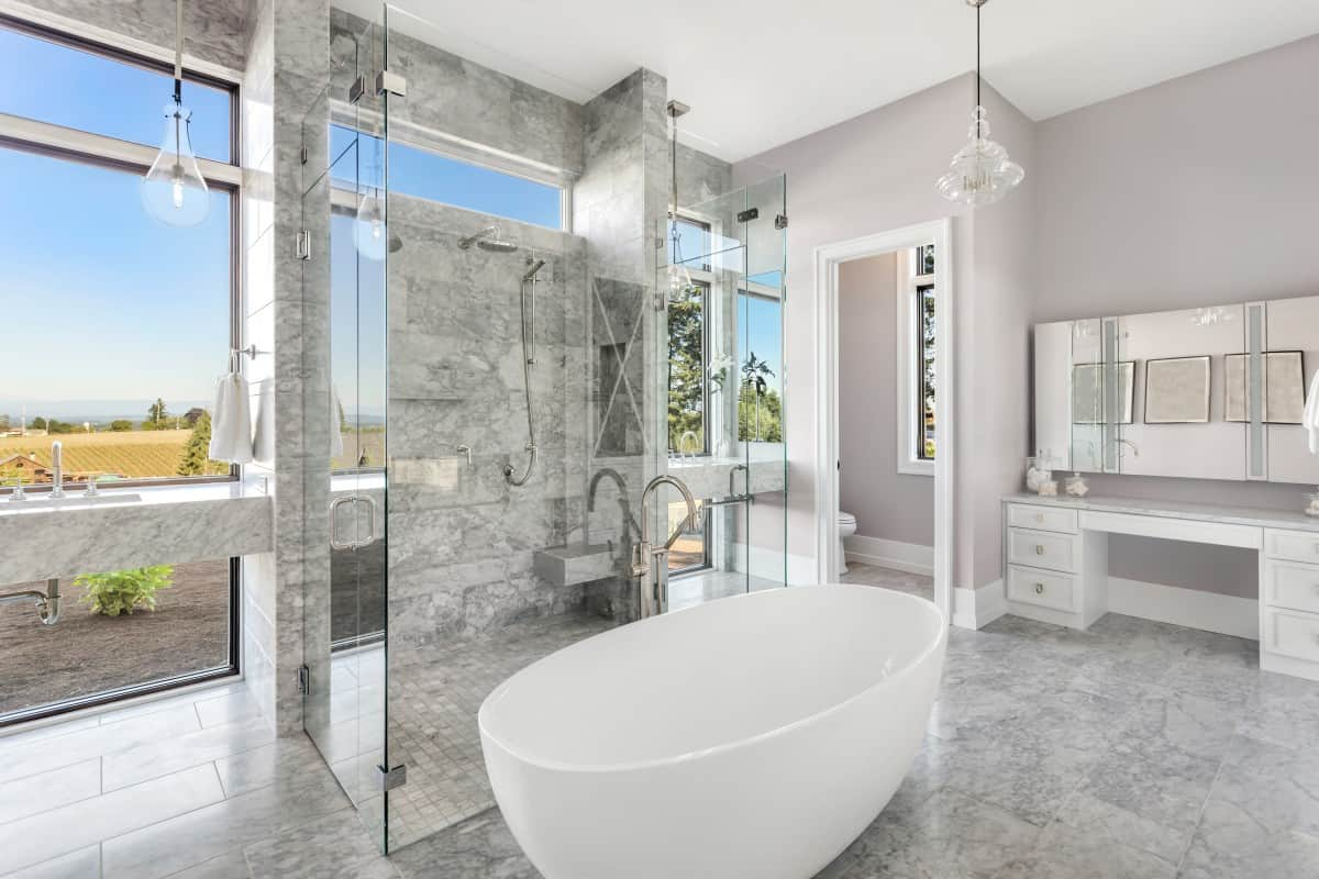 Do You Need A Tub In The Master Bathroom?
