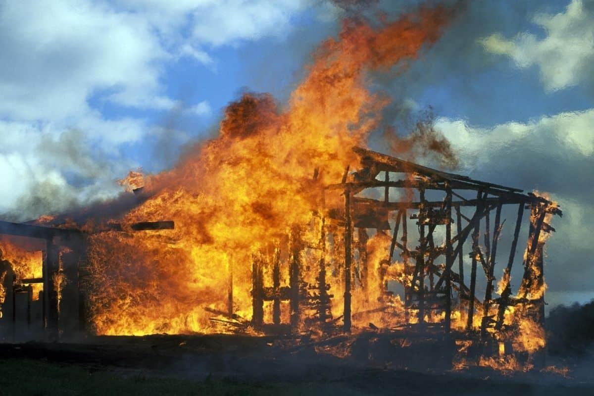 How Do House Fires Start: 12 Common Reasons