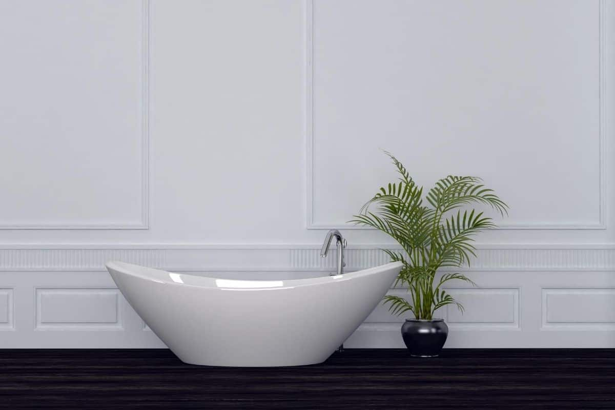 Is Wainscoting Good For Bathrooms?
